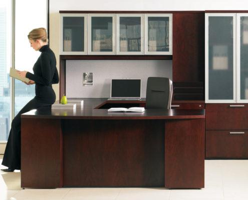 Expansion Wood Executive Typical U Configuration