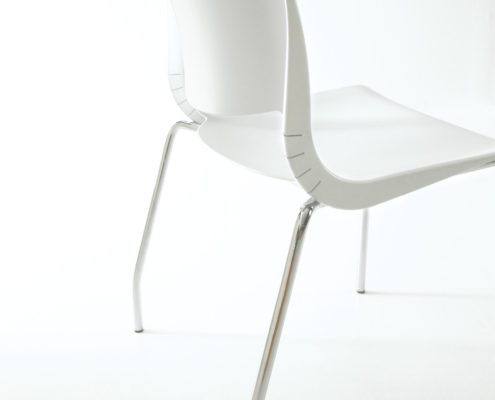 Variable Guest Chair Very White Shell Chrome Frame
